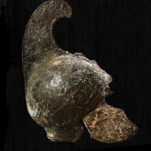 The helmet from the Vergina tomb.